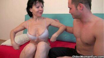 Porno velhas nuas em porno caseiro